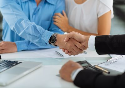 Contract to Closing: 3 Reasons to Hire a Real Estate Attorney in Daytona Beach